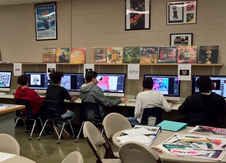 Students in School Activites (Athletics, Classrooms, Plays, Band, Art Projects) (PHS Students Learning Photo and Video Editing at Heartland Career Center.jpg)