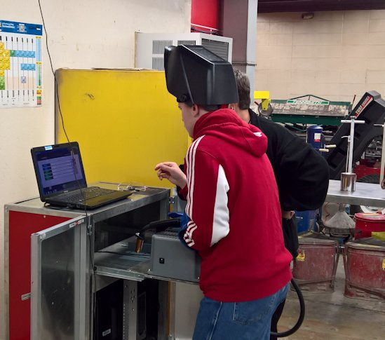 Students in School Activites (Athletics, Classrooms, Plays, Band, Art Projects) (PHS Student at Heartland Career Center Learning to weld with Virtual Reality.jpg)