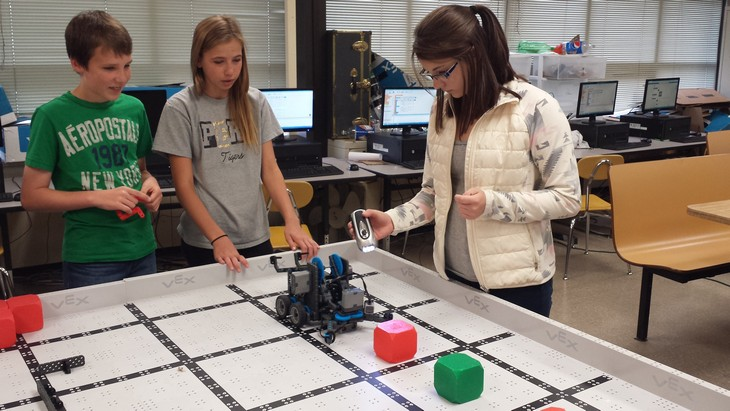 Students in School Activites (Athletics, Classrooms, Plays, Band, Art Projects) (PJHS Robotics Class.jpg)